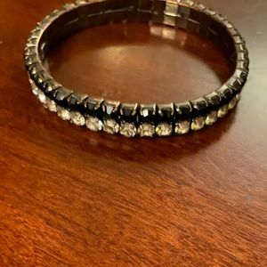 ⚡️Black jewel and rhinestone stretch bracelet